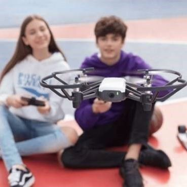 kids flying drone